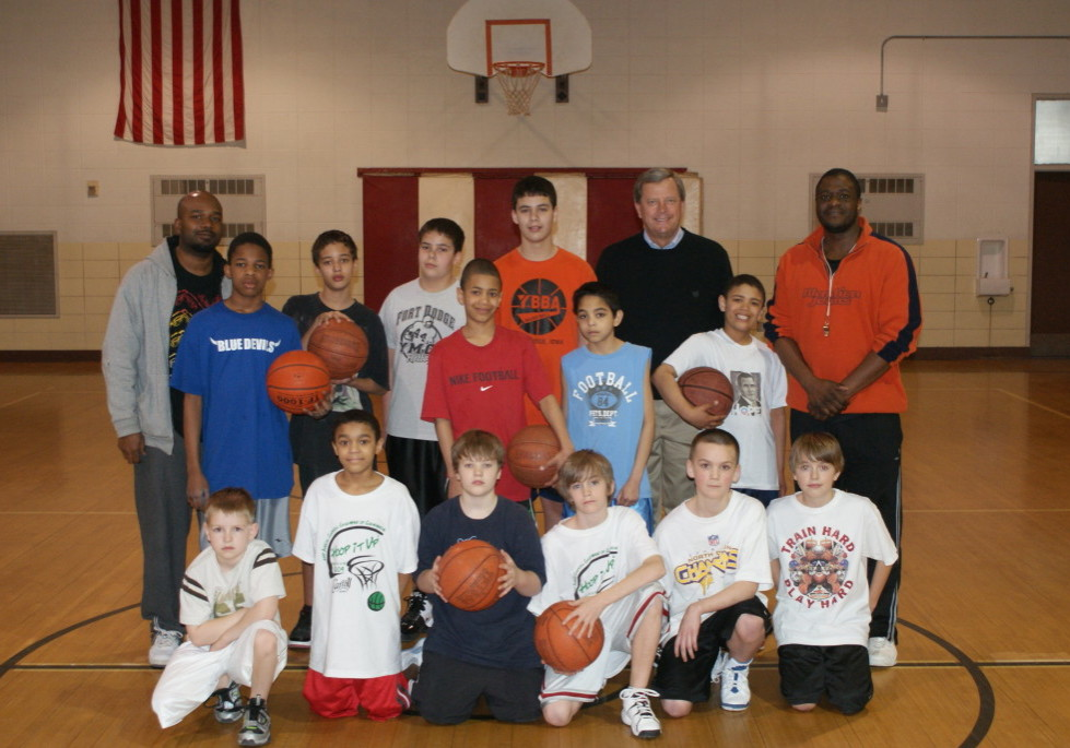 AFES Boys Basketball Team Photo 3